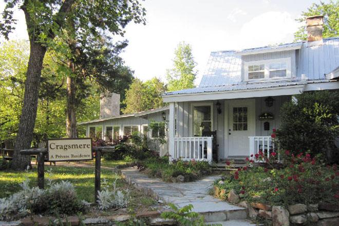 Cragsmere Manor