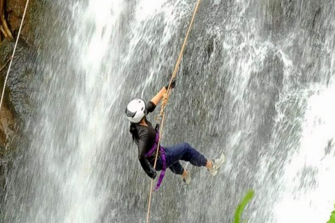 Advanced Rappelling Class