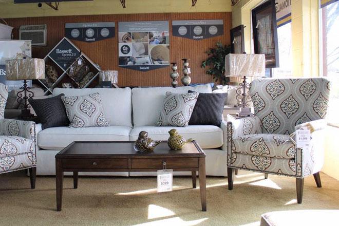 Akins Furniture in Rainsville