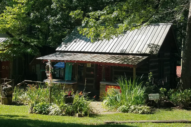 Mentone's Log Cabin Village on Lookout Mountain Alabama
