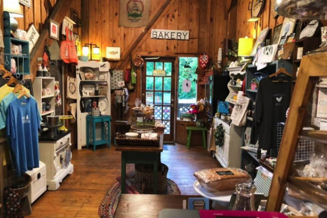Tip Top Bake Shop on Lookout Mountain in Alabama
