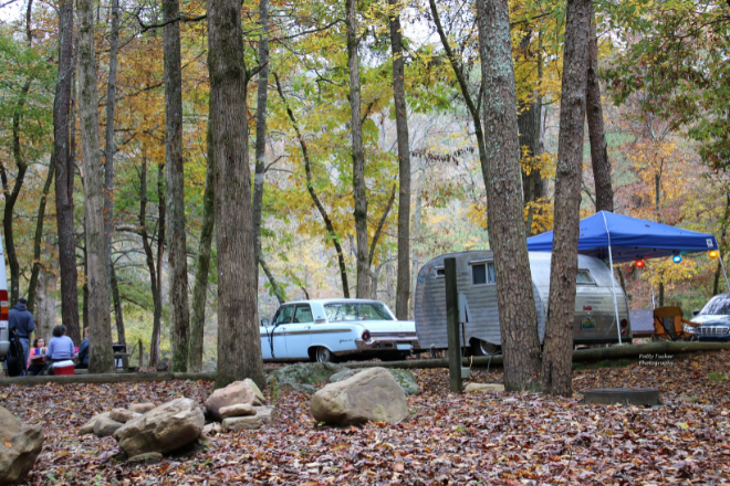 Campsites during fall on Lookout Mountain.